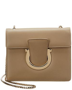 5f2e0c56836f Salvatore Ferragamo Handbags Sale - Styhunt - Page 10