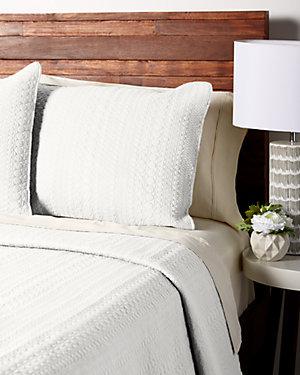 White Cotton Quilt Set