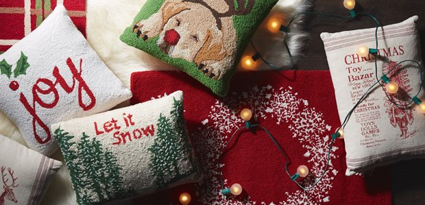 Holiday Pillows: Toss Around Some Cheer