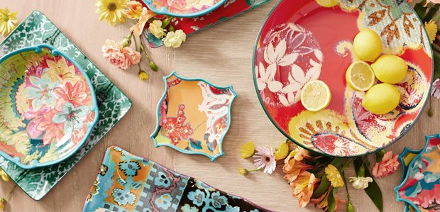 The Bold & Bright Table: Tracy Porter & More