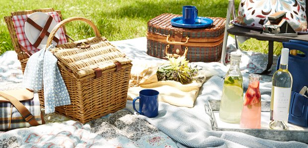 It's Picnic Time: Prep to Eat & Play Outdoors