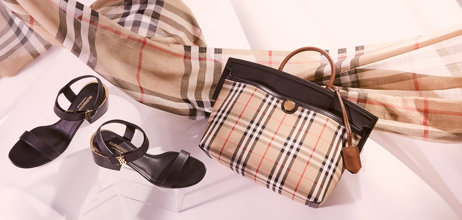 Burberry: 80 New Styles