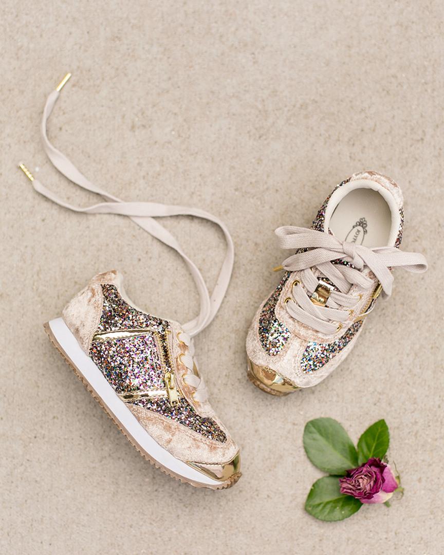 db1d4191f40 Joyfolie Girls  Ari Sneaker