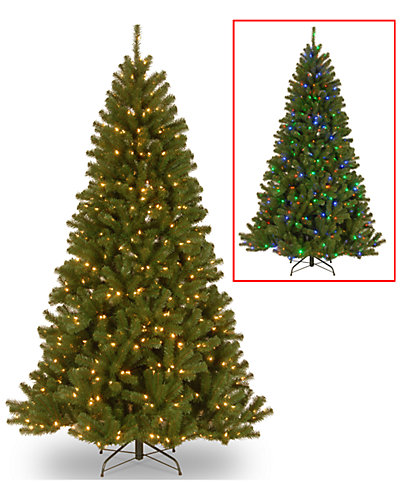 9ft North Valley Spruce Hinged Tree with 700 Dual Color Lights